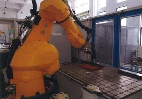 超声切割机器人